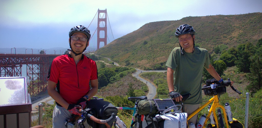 Johnny & Sang Hyun at the Golden Gate Bridge